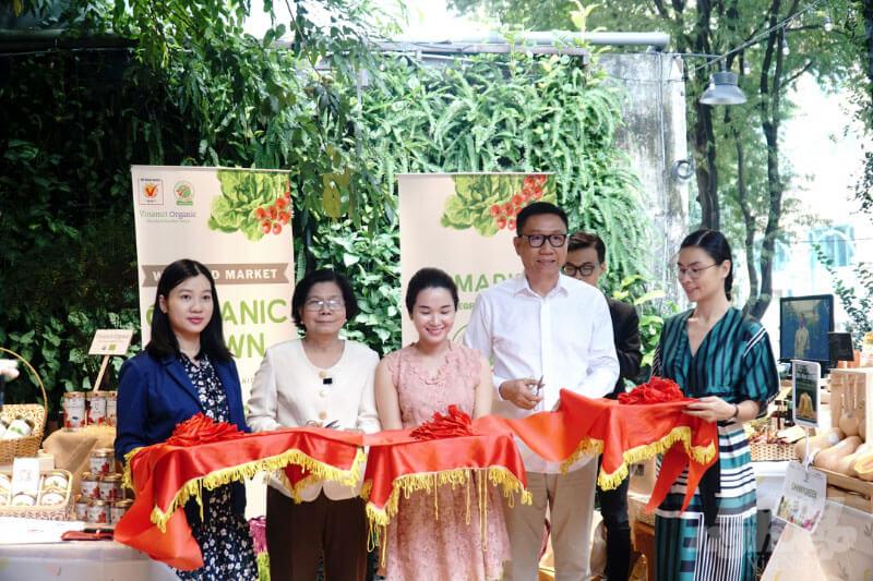 Phiên chợ Organic đầu tiên tại TP.HCM